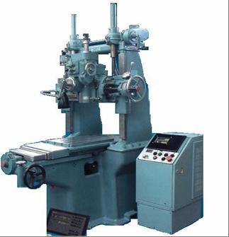 Координатно-расточный станок модели КР450